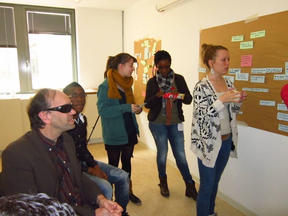 Exercice des étudiants en Coopération Internationale de Namur autour d'un projet pour l'école de Gihanga