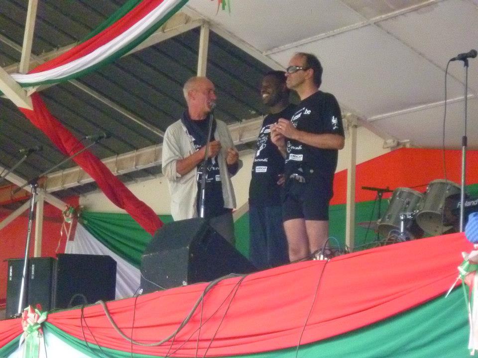 Le soutien du présentateur Adrien Joveneau